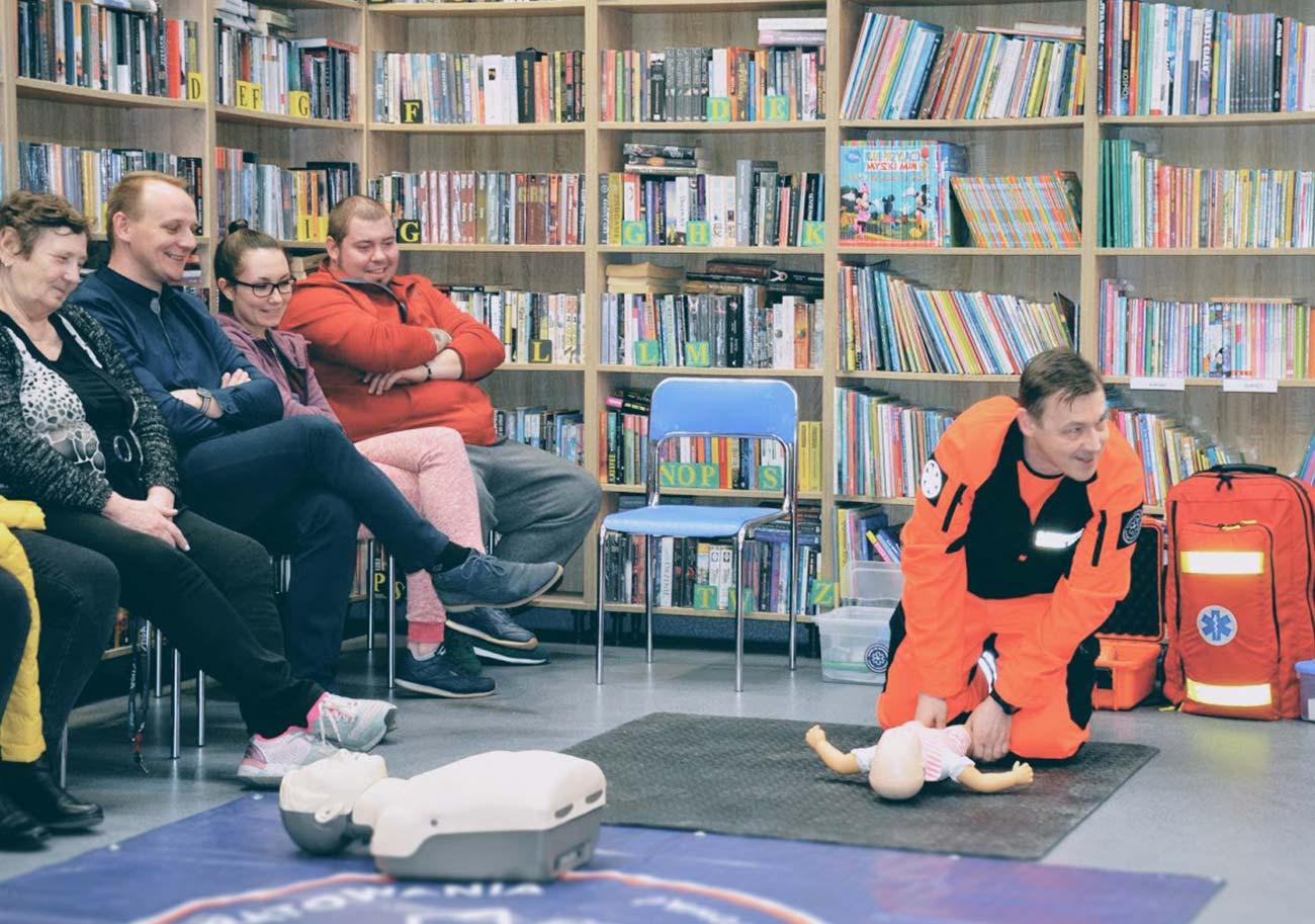 Szkolenie z pierwszej pomocy dla rodziców Wrocław bezpłatny kurs pierwszej pomocy Wrocław