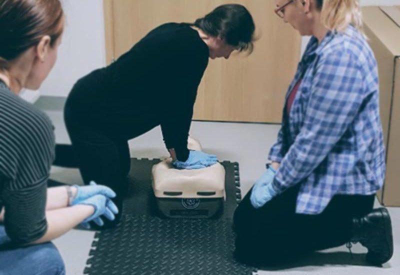 Szkolenia z pierwszej pomocy dla firm Wrocław, kurs pierwszej pomocy dla pracowników firmy Wrocław kurs pierwszej pomocy Wrocław