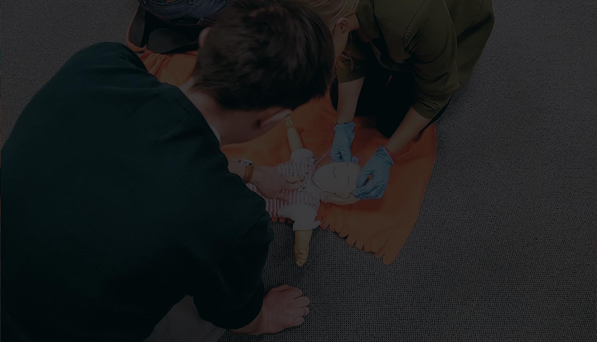 szkolenie z pierwszej pomocy dla rodziców Wrocław kurs pierwszej pomocy pierwsza pomoc dziecko