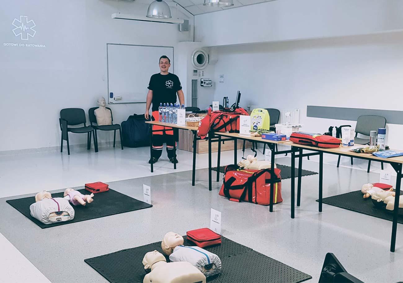Szkolenie z pierwszej pomocy pediatrycznej Wrocław. Kurs pierwszej pomocy dla rodziców Wrocław. Pierwsza pomoc w stanach zagrożenia zdrowia i życia dziecka.