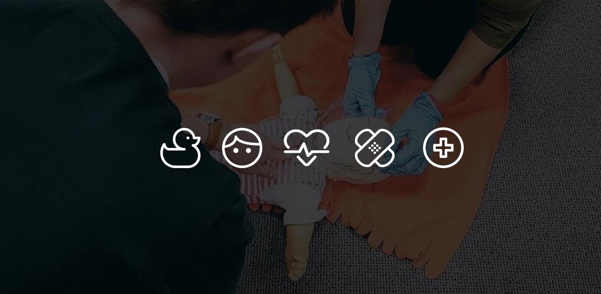 Pierwsza pomoc pediatryczna. Kurs pomocy dzieciom Wrocław szkolenie z pierwszej pomocy dla rodziców kurs pierwszej pomocy pediatrycznej Wrocław